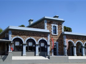 Burra Regional Art Gallery - Accommodation Whitsundays