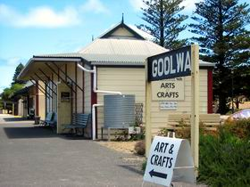 Goolwa Community Arts And Crafts Shop - Accommodation Whitsundays