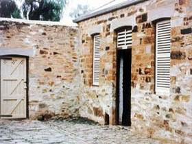 Police Lockup And Stables - Accommodation Whitsundays