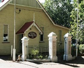 Montville Memorial Precinct - Accommodation Whitsundays