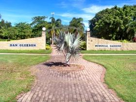 Dan Gleeson Memorial Gardens - Accommodation Whitsundays