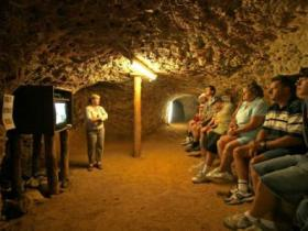 Miners Heritage Walk-In Mine - Accommodation Whitsundays