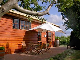 Brook Eden Vineyard - Accommodation Whitsundays