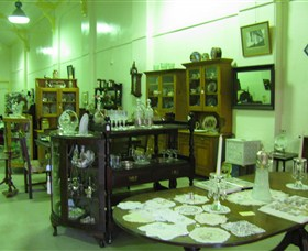 Glenleigh Antiques - Accommodation Whitsundays