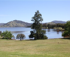 Inland Waters Holiday Parks Grabine Lakeside - Accommodation Whitsundays