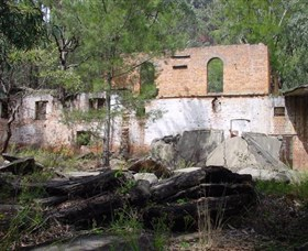 Newnes Shale Oil Ruins - Accommodation Whitsundays