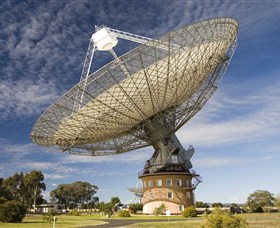 CSIRO Parkes Radio Telescope - Accommodation Whitsundays