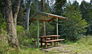 Devils Hole lookout walk and picnic area - Accommodation Whitsundays