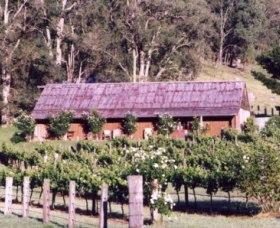 Undercliff Winery and Gallery - Accommodation Whitsundays