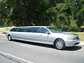 In Vogue Limousines - Accommodation Whitsundays