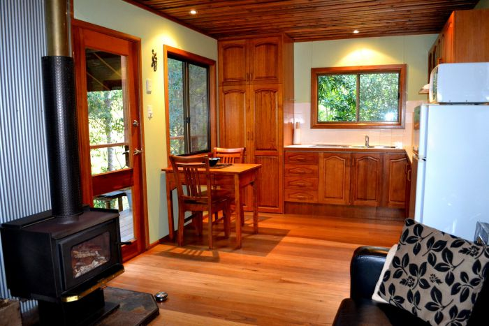 Waterfall Hideout-Rainforest Cabin for Couples - Accommodation Whitsundays