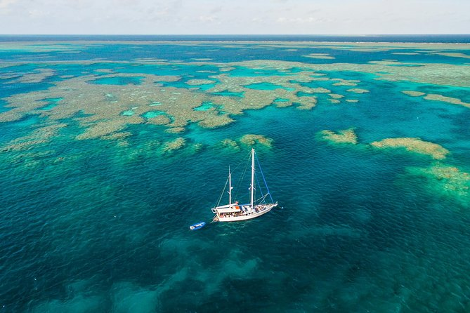 2-Night Whitsundays Sailing Adventure Kiana - Accommodation Whitsundays