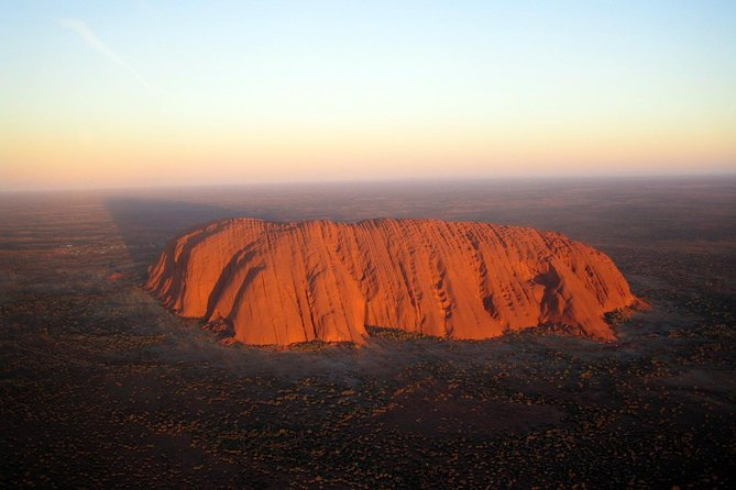 Fixed-Wing Scenic Flight from Uluru Ayers Rock - Accommodation Whitsundays