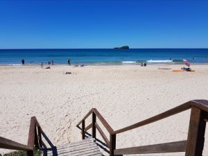 Mudjimba Beach - Accommodation Whitsundays