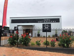 John Murray Art Gallery - Accommodation Whitsundays