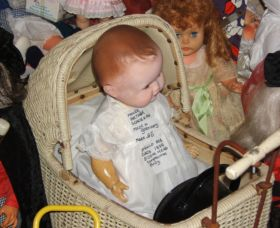 Little Darlings Doll Museum and Coffee Shop - Accommodation Whitsundays