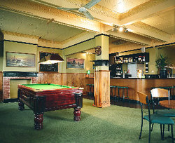 Lord Newry Hotel - Accommodation Whitsundays