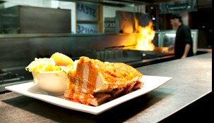 Railway Hotel Steak House - Accommodation Whitsundays