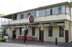 Commercial Hotel Alexandra - Accommodation Whitsundays