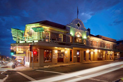 Town Hall Hotel - Accommodation Whitsundays