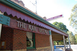 Railway Hotel - Accommodation Whitsundays