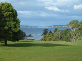 Kingston Beach Golf Club - Accommodation Whitsundays