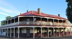Brookton Club Hotel - Accommodation Whitsundays
