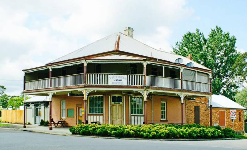 The Victoria Hotel Hinton - Accommodation Whitsundays