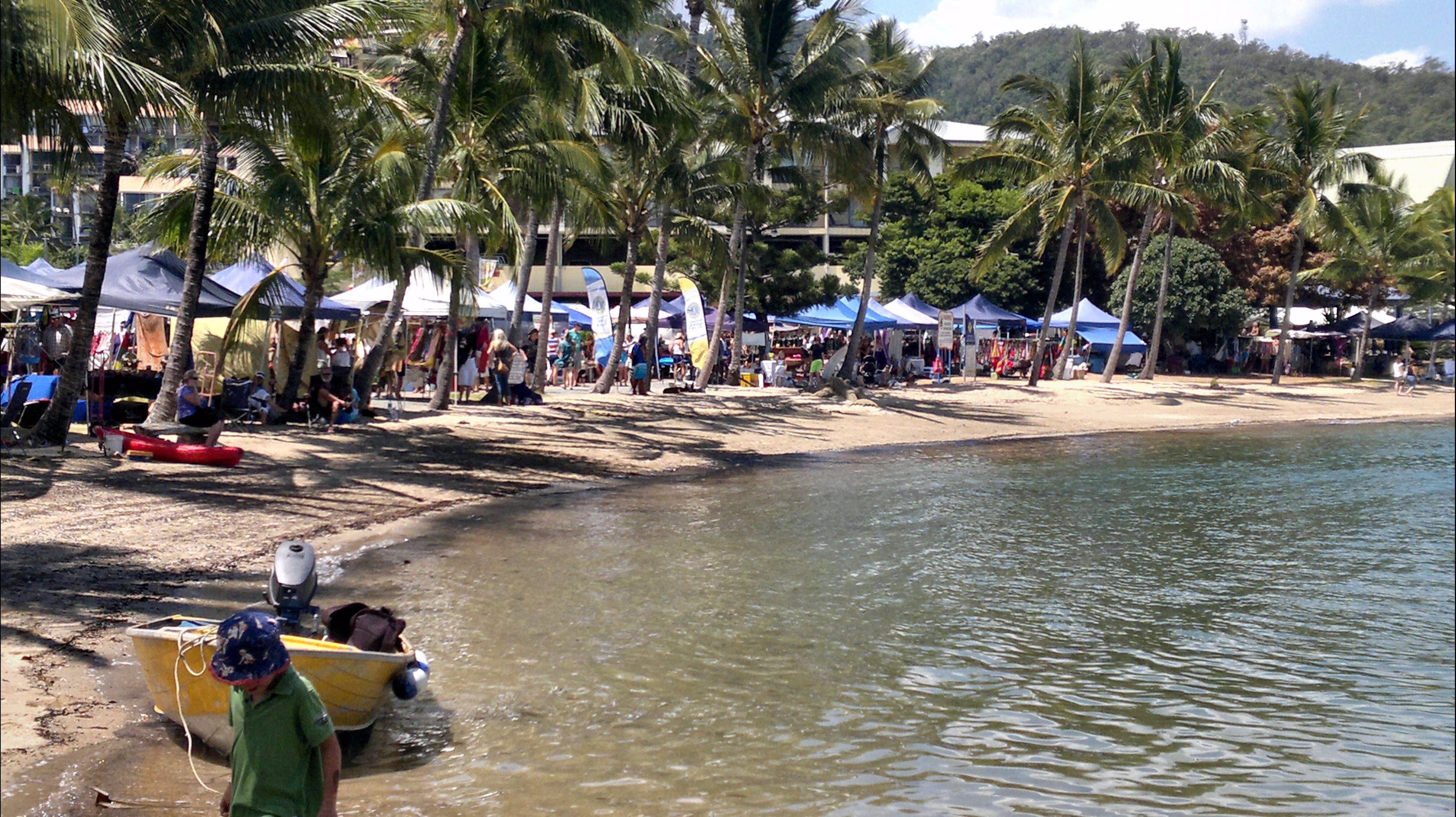 Lions Airlie Beach Community Markets - Accommodation Whitsundays