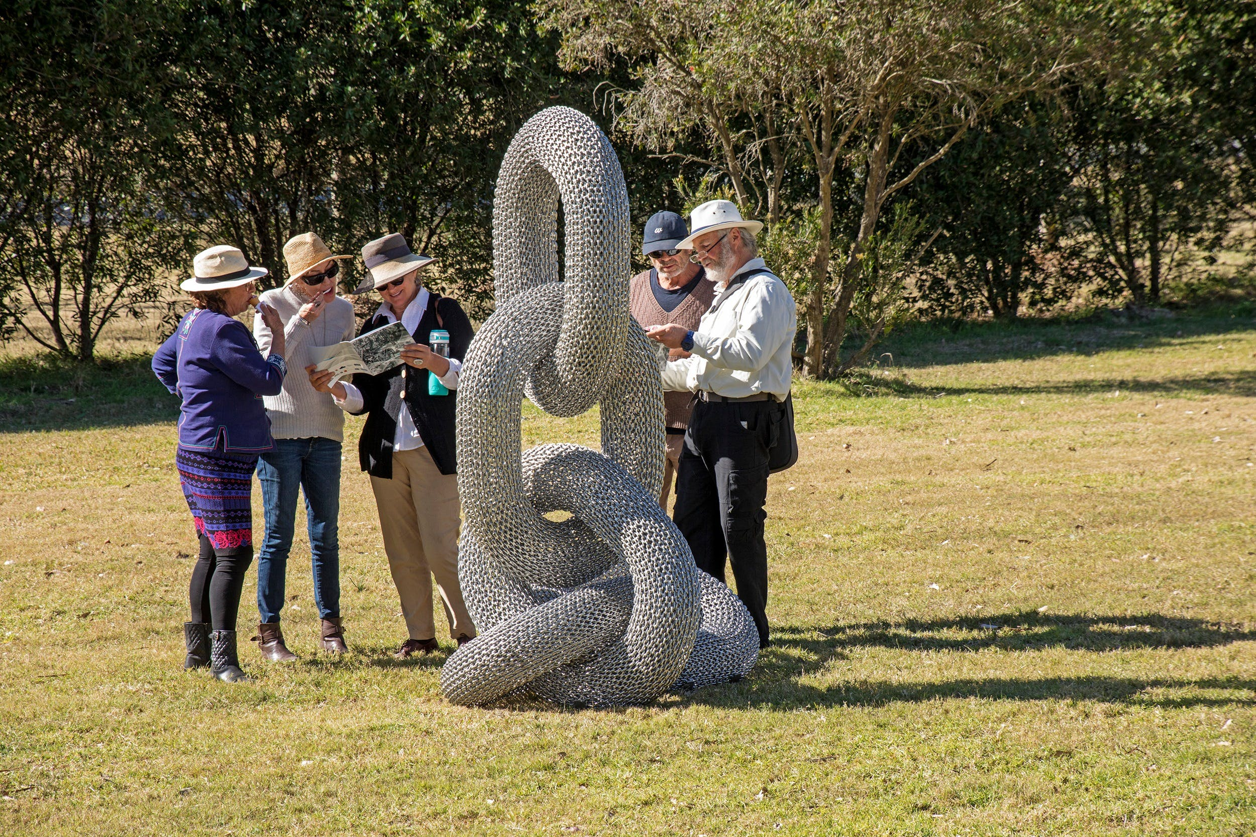 Sculpture for Clyde - Outdoor Exhibition - Accommodation Whitsundays