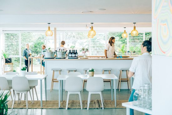 Avoca Surf House - Accommodation Whitsundays