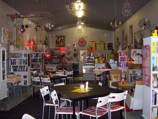Noelene's Book Cafe - Accommodation Whitsundays