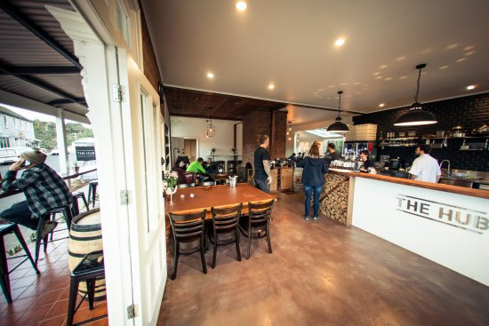 The Hub - Pizza and Beer - Accommodation Whitsundays