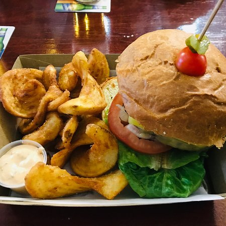 Brent's Burgers - Accommodation Whitsundays