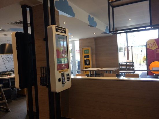 McDonald's Glenmore - Accommodation Whitsundays