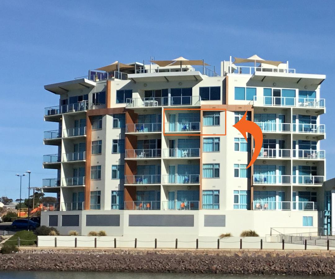 Wallaroo Marina Waterfront Luxe Apartment - Accommodation Whitsundays