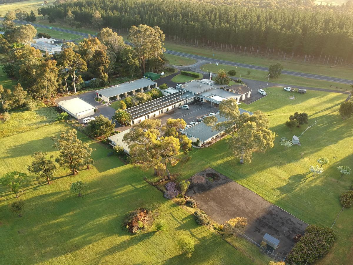William Macintosh Motor Lodge - Accommodation Whitsundays