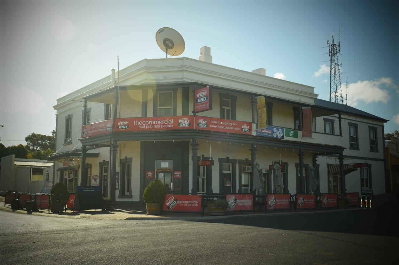 Commercial Hotel Morgan - Accommodation Whitsundays