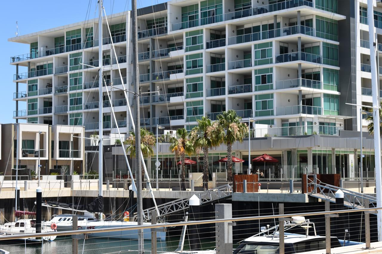 Breakwater Apartment - Accommodation Whitsundays
