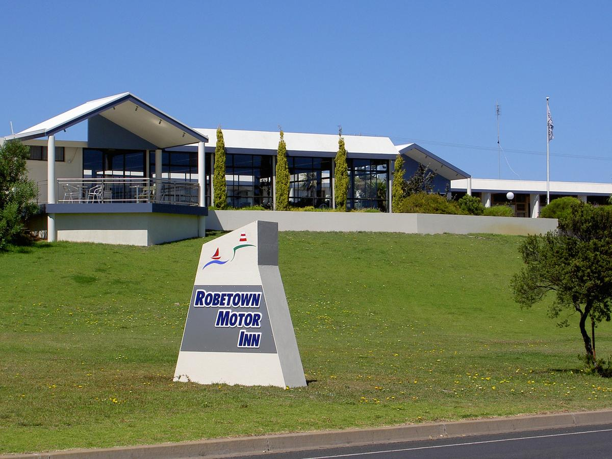 Robetown Motor Inn  Apartments - Accommodation Whitsundays