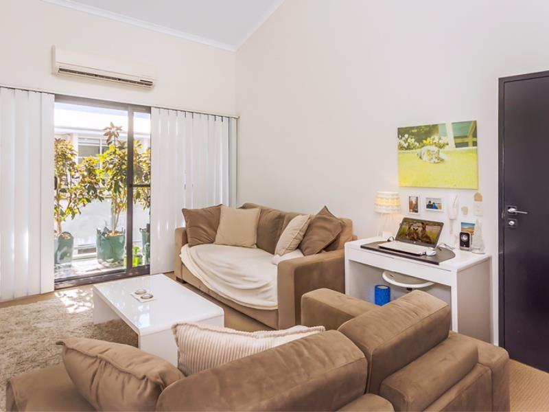 Home Apartment - Perth City Centre - Free WiFi - Accommodation Whitsundays