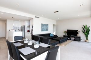 Brand New Executive Apartment - Accommodation Whitsundays