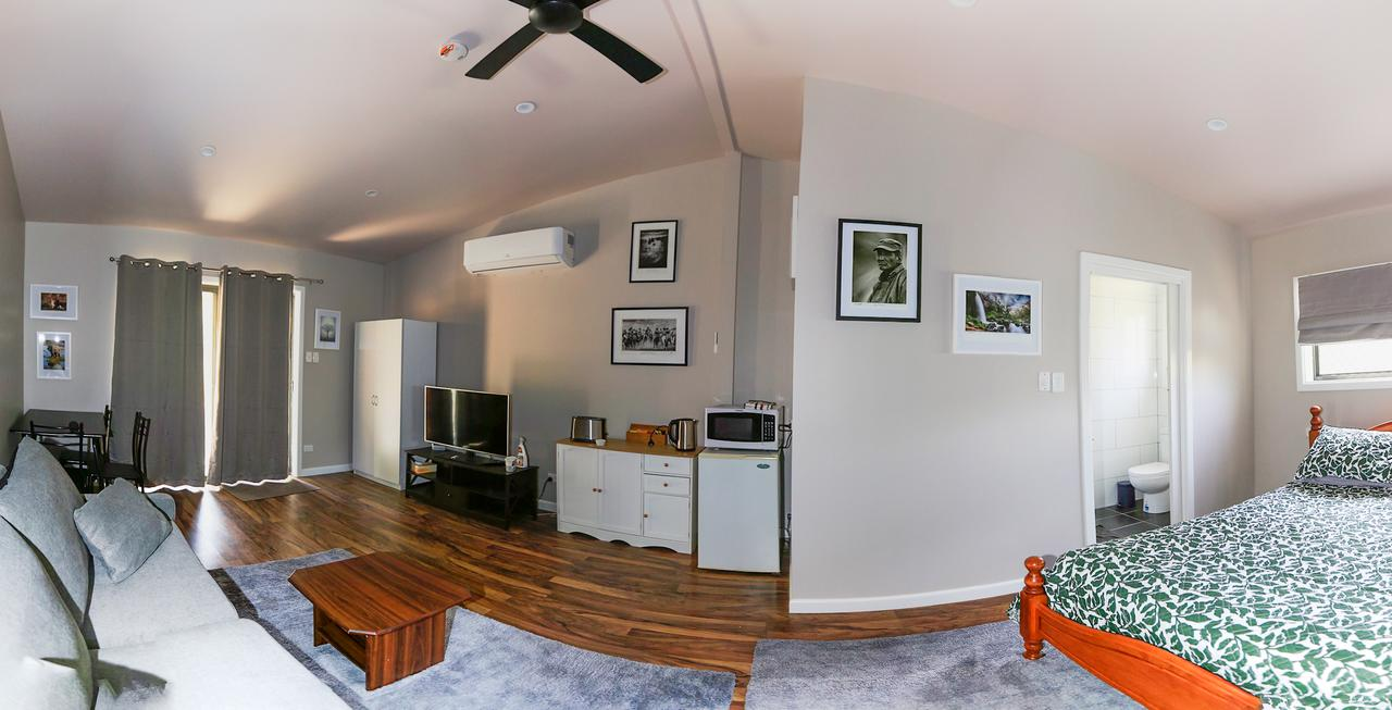 Pound Creek Gallery - Accommodation Whitsundays