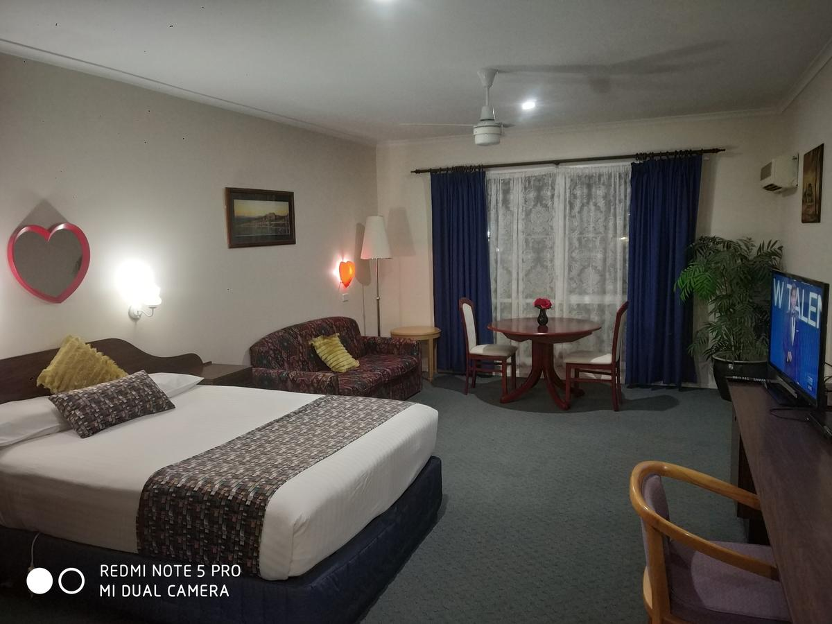 Australia Park Motel - Accommodation Whitsundays
