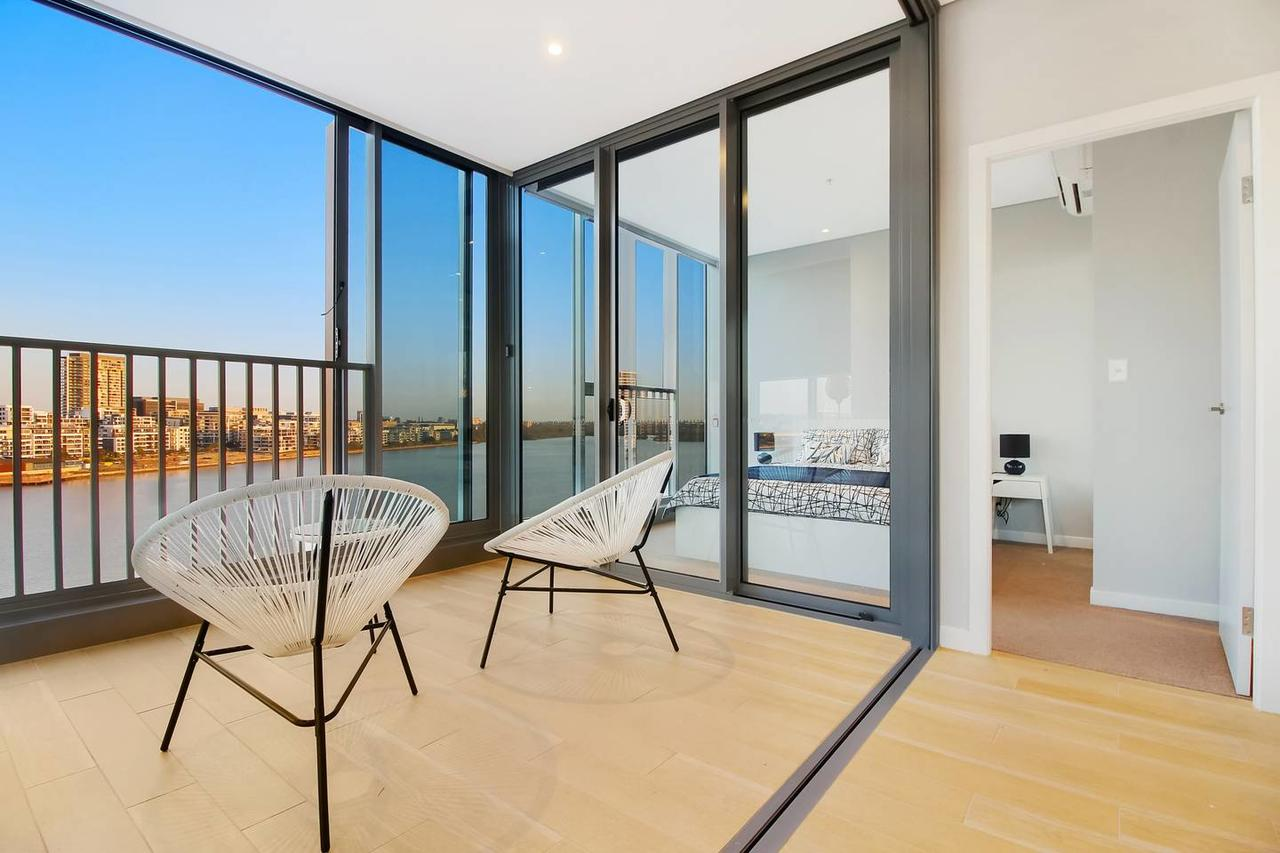 Brand New 3 Bedrooms Apt with Waterfront View - Accommodation Whitsundays