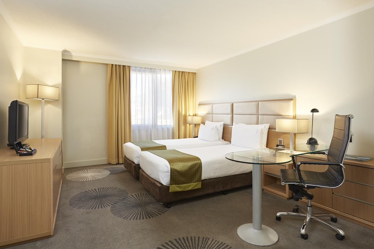Holiday Inn Parramatta - Accommodation Whitsundays