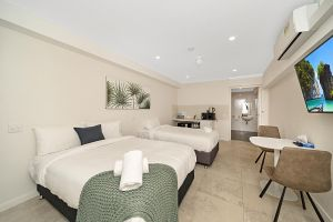 Carlton Suites - Accommodation Whitsundays