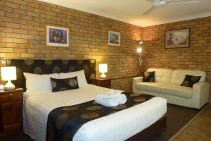 City View Motel - Accommodation Whitsundays