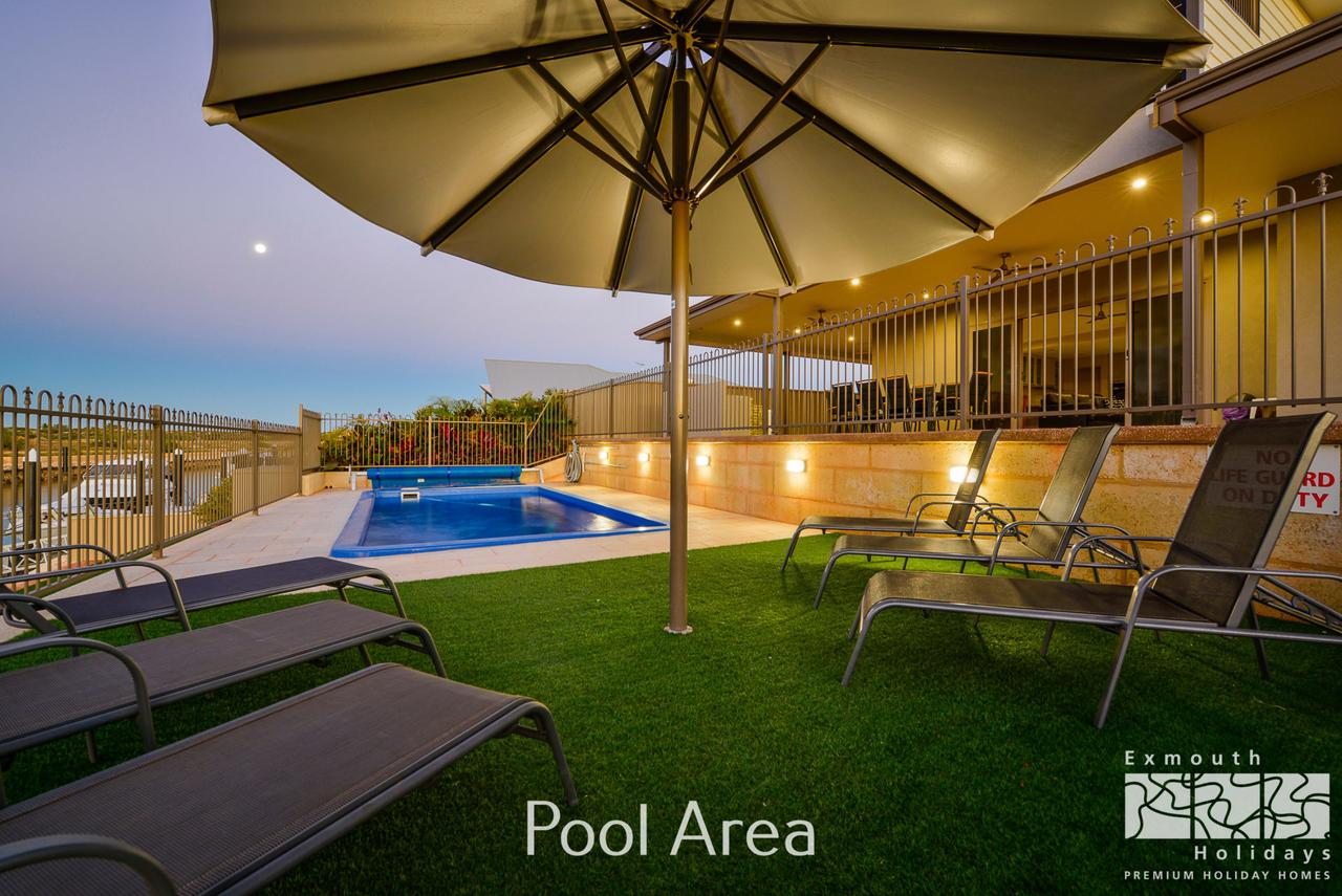 7 Kestrel Place - PRIVATE JETTY  POOL - Accommodation Whitsundays