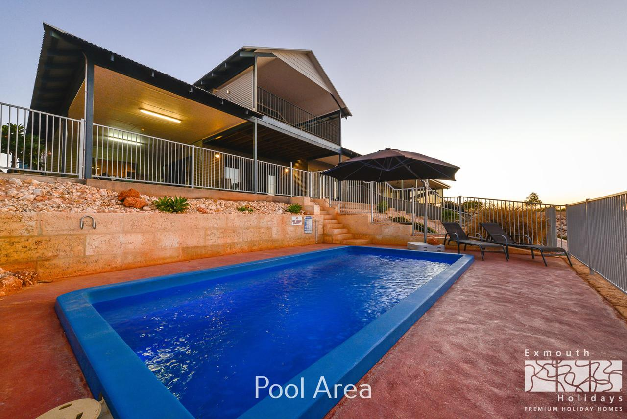 3 Kestrel Place - PRIVATE JETTY  POOL - Accommodation Whitsundays